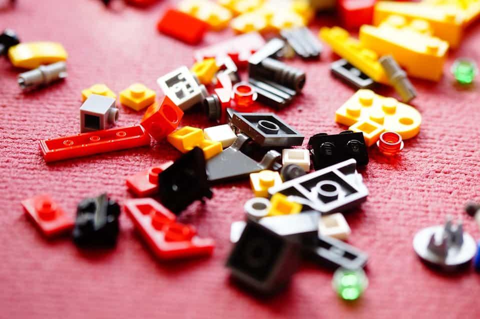 Építő játékok az apró kezekbe