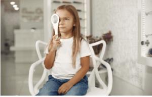 Ezeket érdemes tudnia a gyermekszemészeti vizsgálatokról